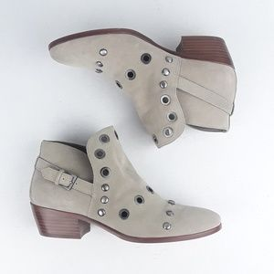 Sam Edelman | Pedra Studded Buckle Suede Booties